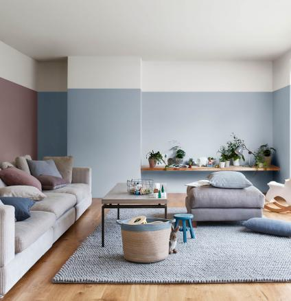 Pairing pink and blue in a living room